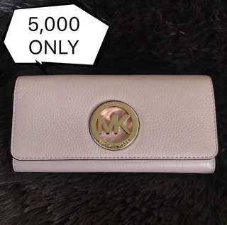 Michael Kors Accordion Wallet (Guaranteed Authentic from US)