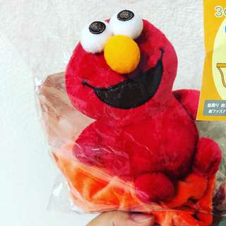 Elmo披肩