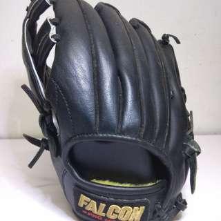FALCON PRO MODEL 10.5 INCH SOFTBALL / BASEBALL GLOVES