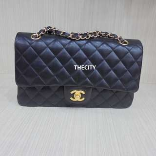 AUTHENTIC CHANEL MEDIUM DOUBLE FLAP BAG - IN BLACK LAMBSKIN - GHW - EXCELLENT CONDITION - WITH CARD