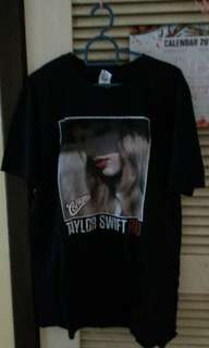 taylor swift the red tour t-shirts (cornetto) size L and size S