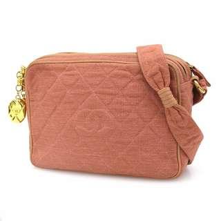 Vintage Chanel粉紅色帆布金球camera bag 23x16cm