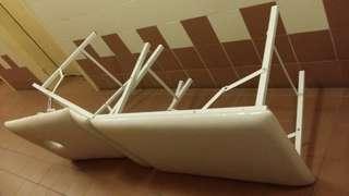 按摩床, 摺床(超特級版三塊摺式……可調校上身坐起角度……方便飲食、看電腦、電視、看書),勁靚狀態,屯門交收。Massage Bed (Luxury three pieces folded folding massage bed), excellent condition,  trade in Tuen.Mun