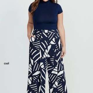 Terno Plus size (choker top and printed pants)