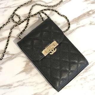 Chanel荔枝皮手機包 11x17cm