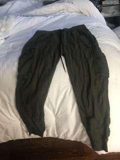 Aritzia community cargo pants