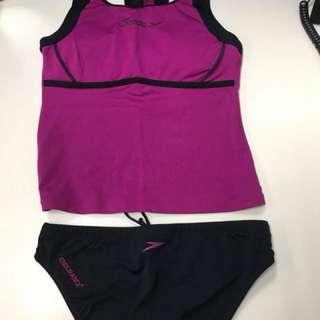 Speedo 2-pc swimwear
