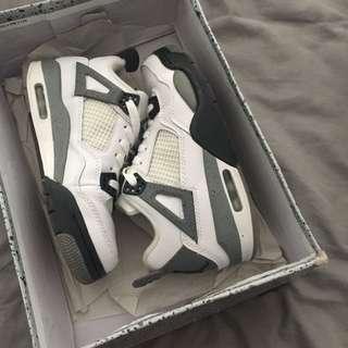 Jordan Retro White Cement 4