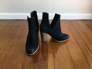 Jo Mercer Black Boots Size 7
