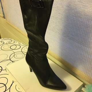 CK NEW pointy toe boots size 6