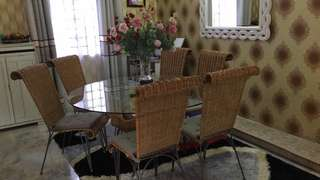 Luxury Rattan Dining Set with 6 Chairs