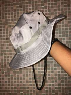 GREY BUCKET HAT. Found in Value Village.