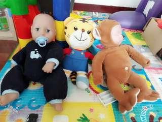 安撫仿真洋娃娃 巧虎布偶 仿真人猴造型娃娃 寶寶眼睛可開合娃娃 幼兒玩具車