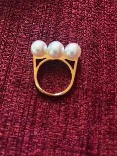 Takasi 18k yellow gold pearl ring