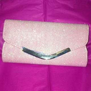 LOVELY SARAH JESSICA PARKER CLUTCH