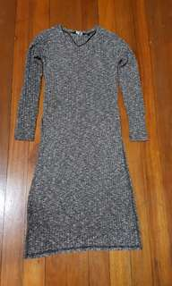 Knit Long Sleeves with Side Slits