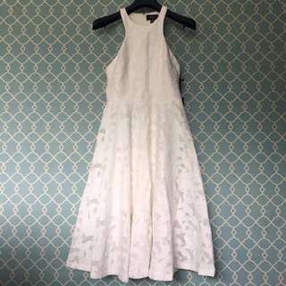 Vera Wang Lace Cocktail Dress 100% new & authentic Size 6