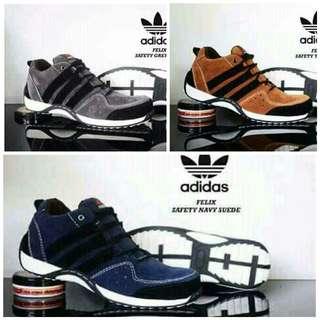 Sepatu pria murah tapi kualitas nggk murahan.. 😘