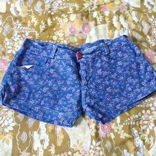 ✨Floral Shorts