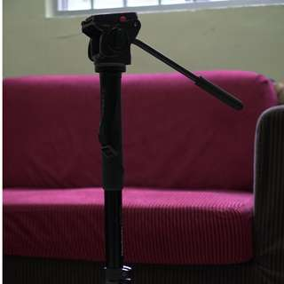 Manfrotto 561BHDV Fluid Video Monopod and Head