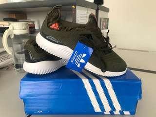 Sepatu Casual & Sport