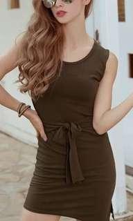 🚚 #韓妞最愛高品質螺紋綁結斜下擺背心洋裝