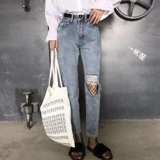 🚚 ♡♡♡歐美刺繡寬鬆淺藍牛仔破褲