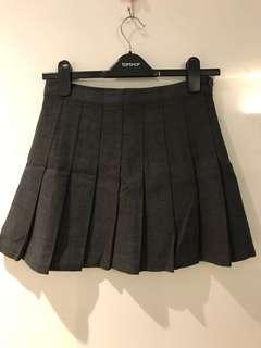 Gray tennis skirt