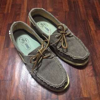 Sperry Top-siders (size 8 1/2 M)