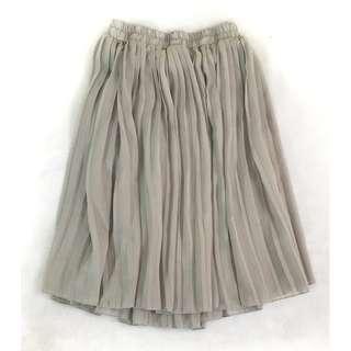 Chiffon Pleated Skirt (Light Gray) Waist Garter
