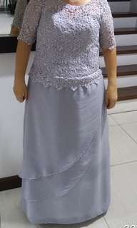 Light grey color gown w/ lace full beat