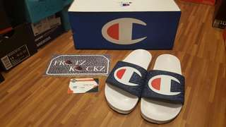 Champion Big Logo Slides sz: 5