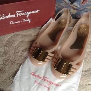 Salvatore Bermuda jelly ballet flats nude color