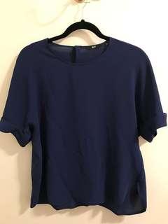 Uniqlo navy blue top