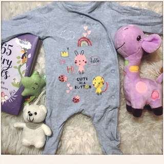 Mothercare 'Cute as a button' sleeper size 0-3m