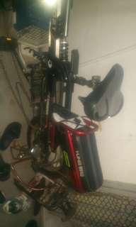 Selling my suv7 60 v fastspeed motorhub price $400 still in good condition. ..