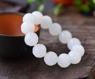 And tian yu 16 mm bead string