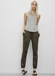 Community aritzia theon jogger pants