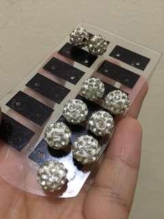 Fancy crystal earrings