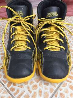 World Balance Shoes for Kids 36