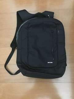 INCASE Bag Pack (Original from USA)