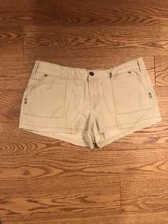 AE khaki Shorts
