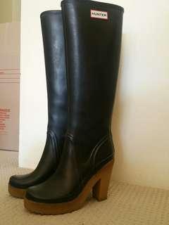 Rare Hunter gumboots with heels!