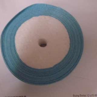 淺藍色絲帶 ( 2.25 cm 闊 )