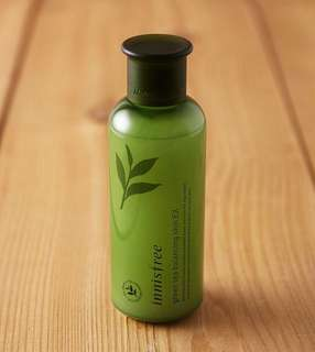 Innisfree green tea balancing akin
