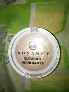 Eb advance glow out highlighter