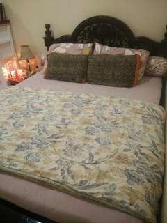 Bed (tempat Tidur)