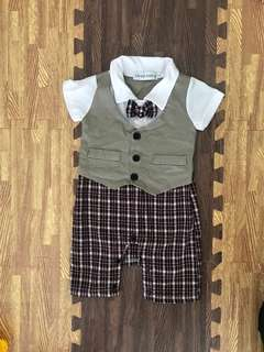 🚚 Baby Romper 9 to 12 months