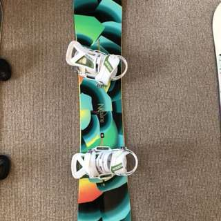 Burton feelgood snowboard with bindings