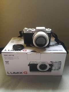Panasonic LUMIX GF7W
